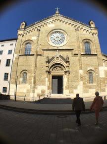 教会外1.jpg